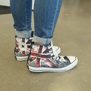 Converse chuck Taylor unisex high top sneakers